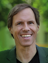 Portraitfoto Frank Diefenbach