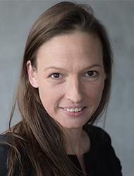 Portraitfoto Katrin Schleenbecker