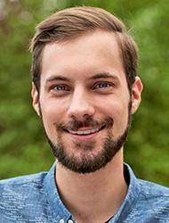 Portraitfoto Lukas Schauder