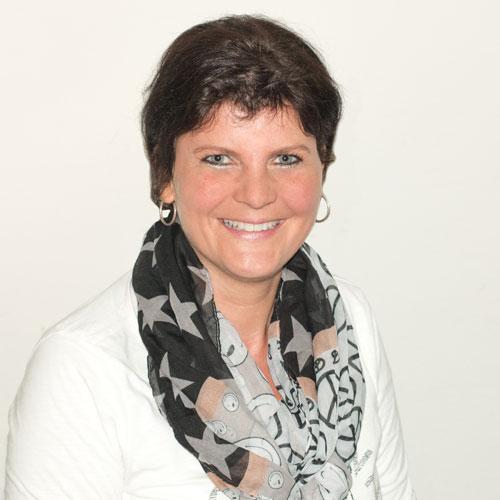 Manuela Bach